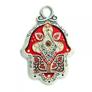 Shahaf Wall Hamsa in Red and Cream Flower Design